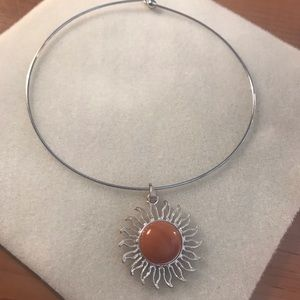 Jewelry - Choker collar necklace w/sunburst charm